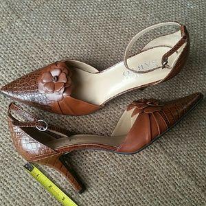 Franco Sarto Shoes - Franco  Sarto pointed  toe heels